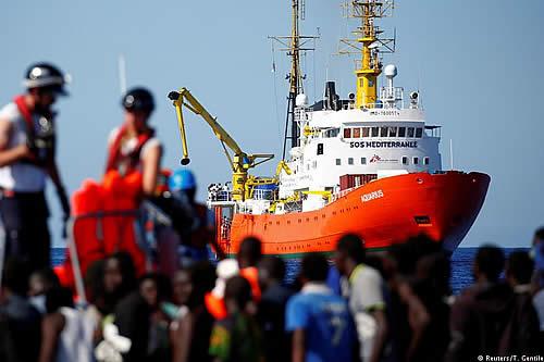 ¿Puede Italia cerrar sus puertos a solicitantes de asilo?