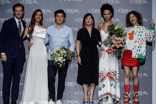 Jorge Vázquez versiona con su colección a los ángeles de Charlie