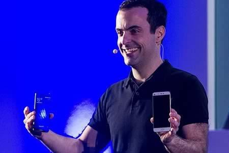 Hugo Barra dimite como vicepresidente internacional de Xiaomi