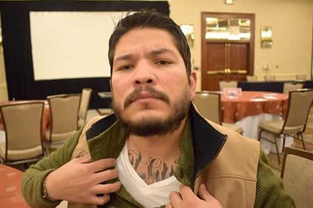 Mark Gonzalez, el hispano tatuado que rompe clichés como fiscal de distrito