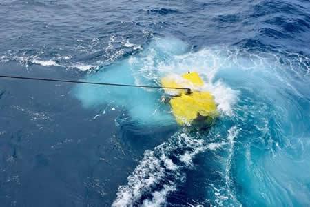 Argentina no ceja en la búsqueda de submarino tras 26 días desaparecido