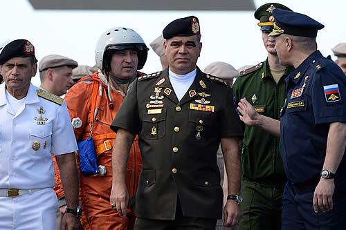 """""""800 bases en 70 países"""": Caracas ve """"cínica"""" la reacción de EE.UU. por su cooperación con Moscú"""