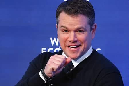 Matt Damon explica cómo los 'millennials' bebedores de cerveza pueden combatir la crisis del agua