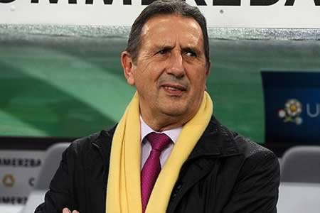 El seleccionador de Argelia, Georges Leekens, dimite de su cargo