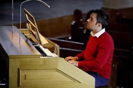 Música de órgano une a la Sagrada Familia de Barcelona con Catedral bogotana