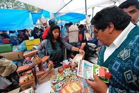 Ministerio de Trabajo dispone tolerancia laboral para La Paz, Oruro y Pando por Alasita
