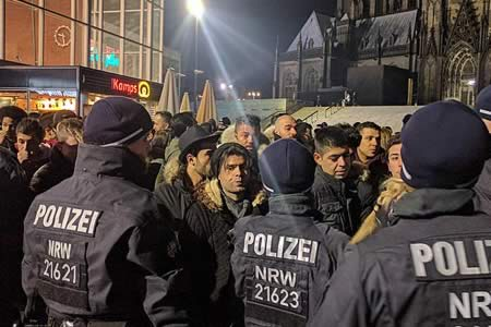 Alemania: Acusan a la Policía de trato discriminatorio a norteafricanos en Colonia