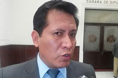 Comisión de Diputados aprueba acusación contra dos magistrados