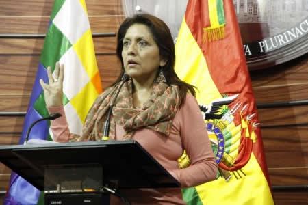 López denuncia que cívicos intentan recuperar espacios de poder con el pretexto del Código Penal