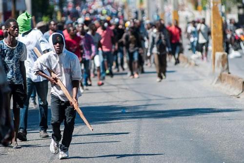 Haití continúa paralizado mientras el presidente Moise guarda silencio