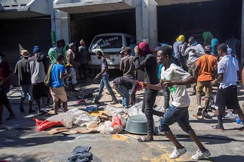 Aumenta la presión sobre el presidente de Haití tras seis días de protestas