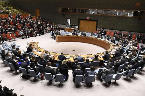EE.UU. amenaza con una acción unilateral si la ONU no hace algo en Siria