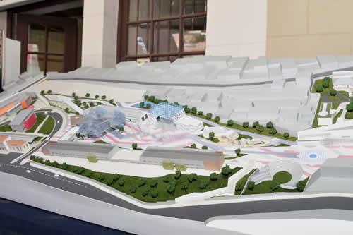 García Linera inicia obras del Parque de las Culturas y Madre Tierra y parqueo subterráneo