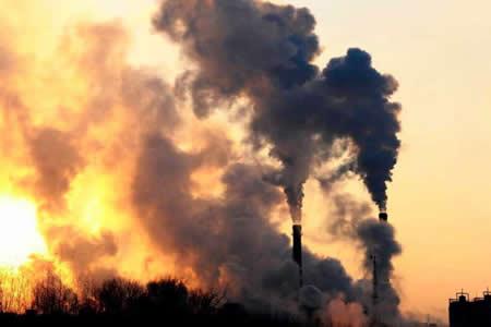 Filipinas presentará en 2019 el informe sobre los grandes emisores de CO2