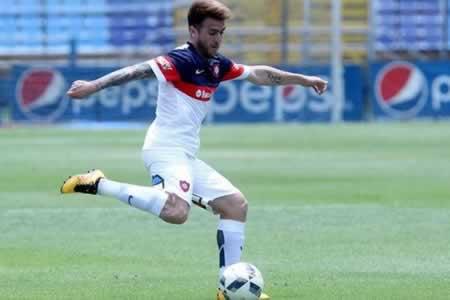 El argentino Julio Buffarini firmó contrato por tres temporadas con Sao Paulo