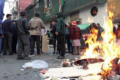 Violencia por sede de la Fejuve deja más de 20 arrestados