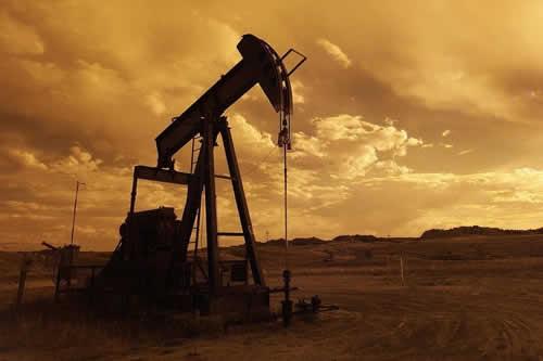La demanda de petróleo subirá en 2019 al mismo ritmo que en 2018, dice la AIE
