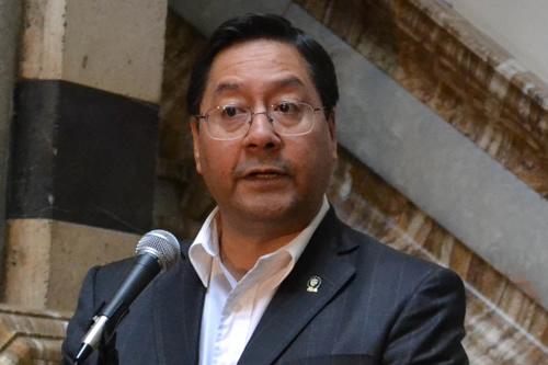 Nombran a Luis Arce como nuevo director de YPFB Transporte