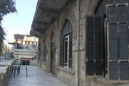 La nostalgia se aloja en el hotel Baron, superviviente del conflicto en Alepo