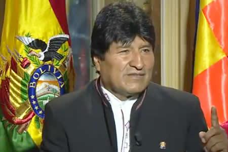 Morales se ofusca con periodista francés: 'Usted también me acusa de dictador'