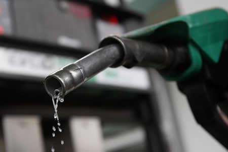 Desde el jueves se ofertará en el mercado gasolina Súper Especial RON 91 producida en Bolivia