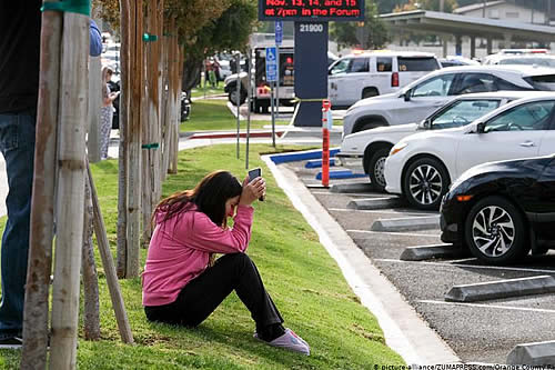 Dos muertos, hasta ahora, en el tiroteo en una escuela de Los Ángeles
