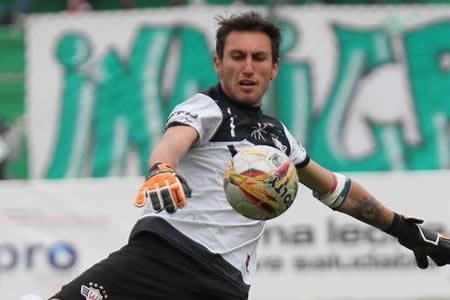 Wilstermann no renovará con el chileno Raúl Olivares