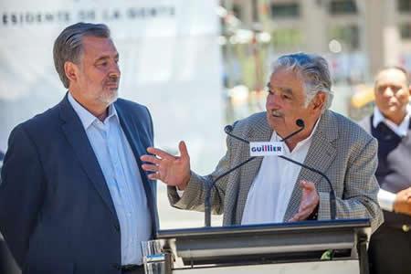 Mujica reafirma en Chile su respaldo a Guillier y defiende el progresismo