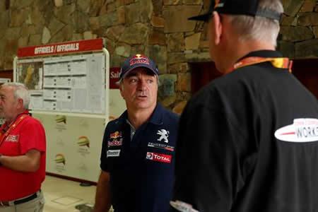 Sainz, involucrado en reclamación piloto holandés por no asistirle en carrera