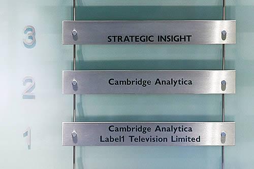 El Departamento de Justicia y el FBI de EE.UU. lanzan una investigación contra Cambridge Analytica