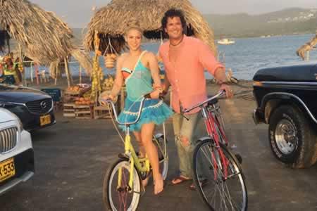 Shakira y Carlos Vives actuarán en la gala de los American Music Awards