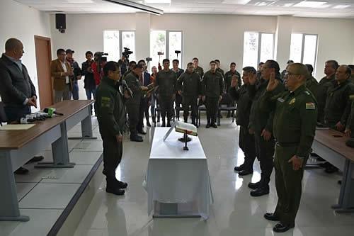 Jura nuevo Estado Mayor de la Policía con el compromiso de restablecer el orden en el país