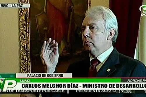 Áñez juramenta a Carlos Melchor Díaz como Ministro de Planificación del Desarrollo