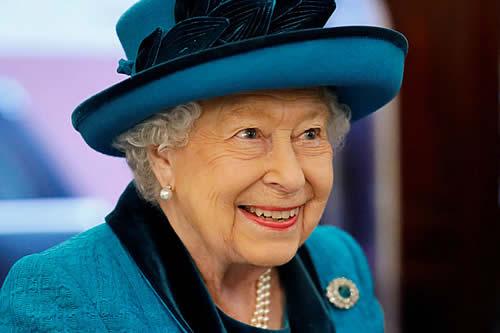La reina Isabel II ofrece un empleo que paga más de 65.000 dólares anuales
