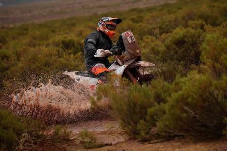 El argentino Luciano Benavides abandona el Dakar por caída en décima etapa