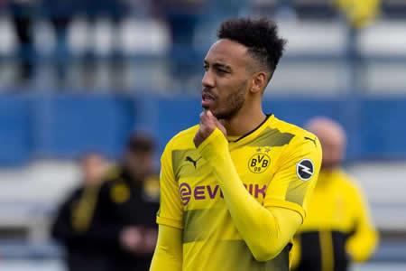"""Aubameyang pide carta de libertad y el Dortmund le pone precio, según """"Bild"""""""