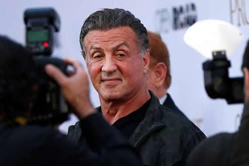 Sylvester Stallone asombra la Red con su increíble estado de forma a los 71 años
