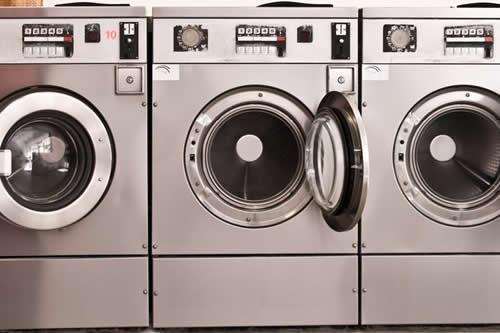 Un niño colombiano queda atrapado en una lavadora por cumplir un reto viral
