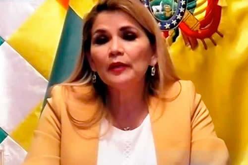 Añez, en mensaje a La Paz, se compromete a garantizar elecciones transparentes para el 6 de septiembre