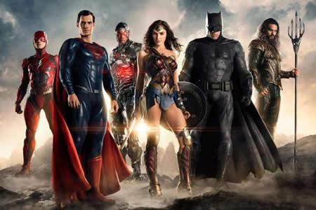 Batman y Superman tratan de destronar a los Avengers
