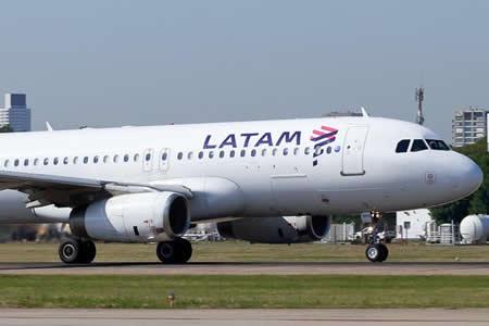 Latam tuvo beneficios récord de 160,6 millones dólares en tercer trimestre