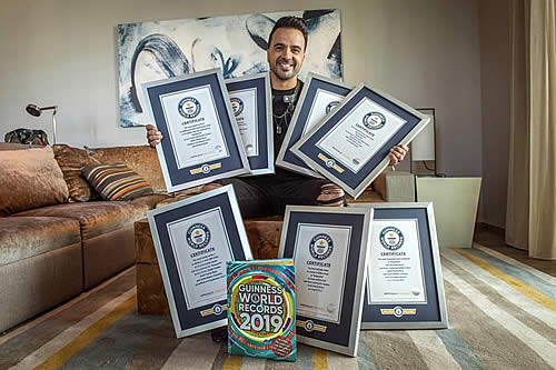 """Despacito"" da a Luis Fonsi siete récords Guinness"