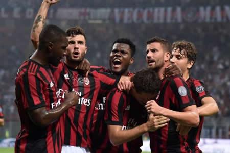 Serie A vuelve tras el fracaso Mundial con el derbi de Roma y Nápoles-Milan