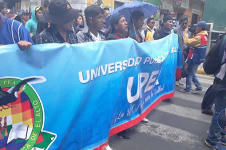 Estudiantes UPEA vuelven a las calles y advierten con movilización indefinida