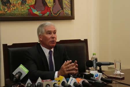 Brennan pide reunión con el Presidente y el Canciller antes del cese de sus funciones en Bolivia