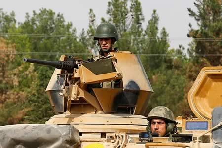 Mueren cinco soldados turcos en combate con yihadistas en Al Bab en Siria