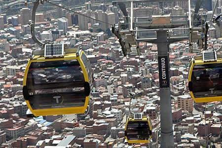 Mi Teleférico refuerza medidas de seguridad y reanuda operaciones en ...