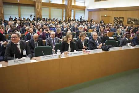 Expertos llaman en la FAO a combatir la malnutrición con acciones globales