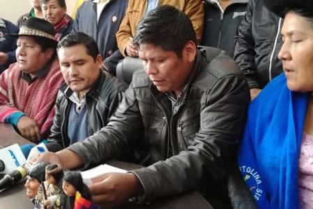 Organizaciones del MAS desconocen a Mitma en COB