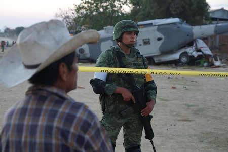 Aumenta a 13 cifra de muertos por desplome de helicóptero en el sur de México